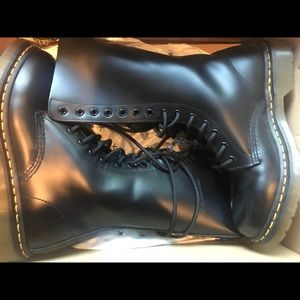 Dr.Martens (with bounce soles)